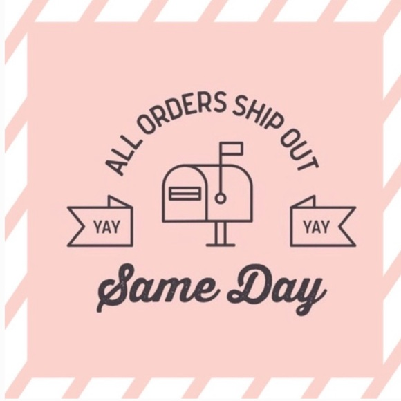 🌸YES!! all orders ship out same day! YAY🌸